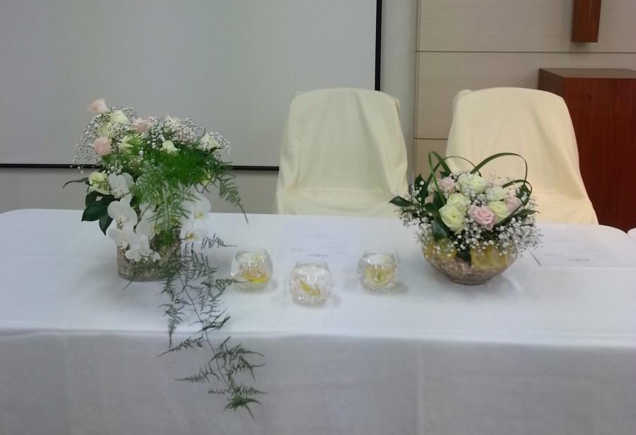 예수사랑교회 / 강단 꽃꽂이